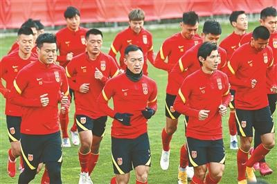 The psychological hint of the national football team against Vietnam is dominant, and it has won all the previous 9 games