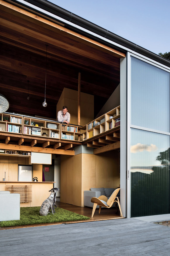 [Island Bay House By WireDog Architecture. Photo By Paul McCredie.]