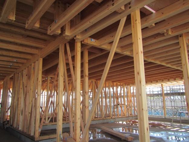 クラブハウス2F木軸建て方