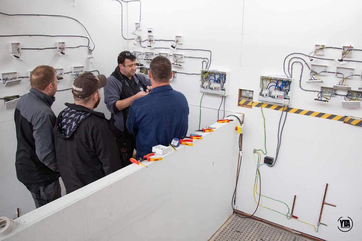 Electrical course training bays