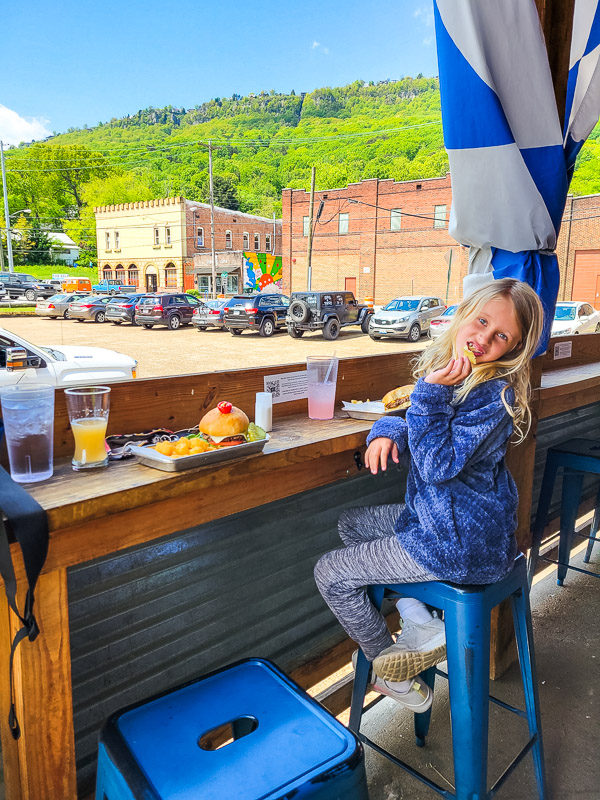 places to eat in chattanooga