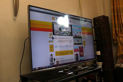 TCL E5690 50-inch 4K2K UHD Smart TV - YugaTech | Philippines Tech