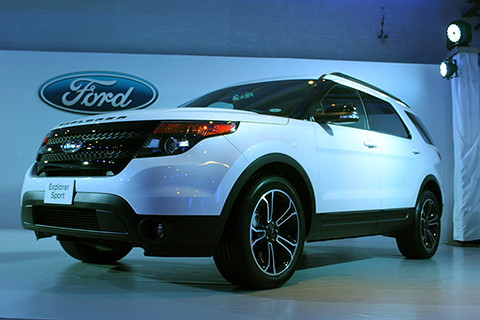 Ford-Explorer-hero