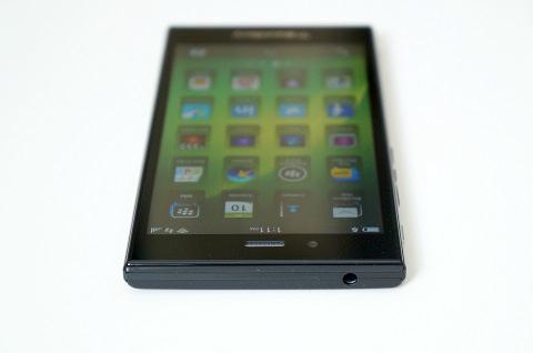 blackberry z3_4