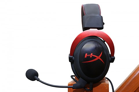 HyperX Cloud II Side (Web)