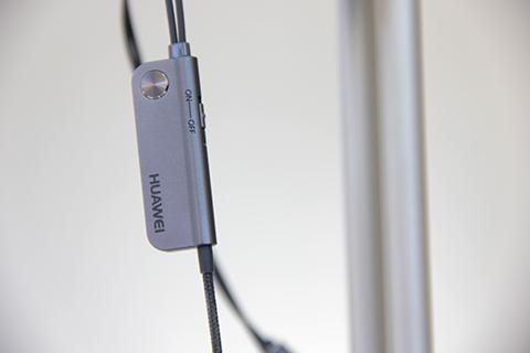 huawei-ultimo-power-anc-earphone-3