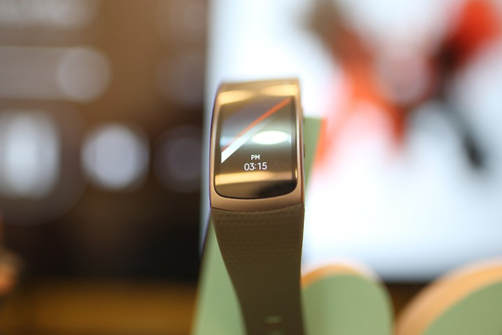 samsung-gear-fit2-8