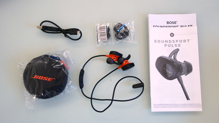 bose headphones sport box. bose soundsport pulse wireless headphones specs: headphones: 1.1\u2033 h x 0.9\u2033 w 1.2\u2033 d (2.25 oz) case: 3.5\u2033 1.4\u2033 sport box e