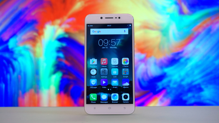 Vivo V5 Lite Hands-on, First Impressions - YugaTech
