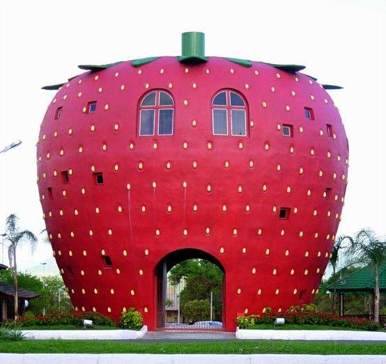 Strawberry house - Bom Princípio