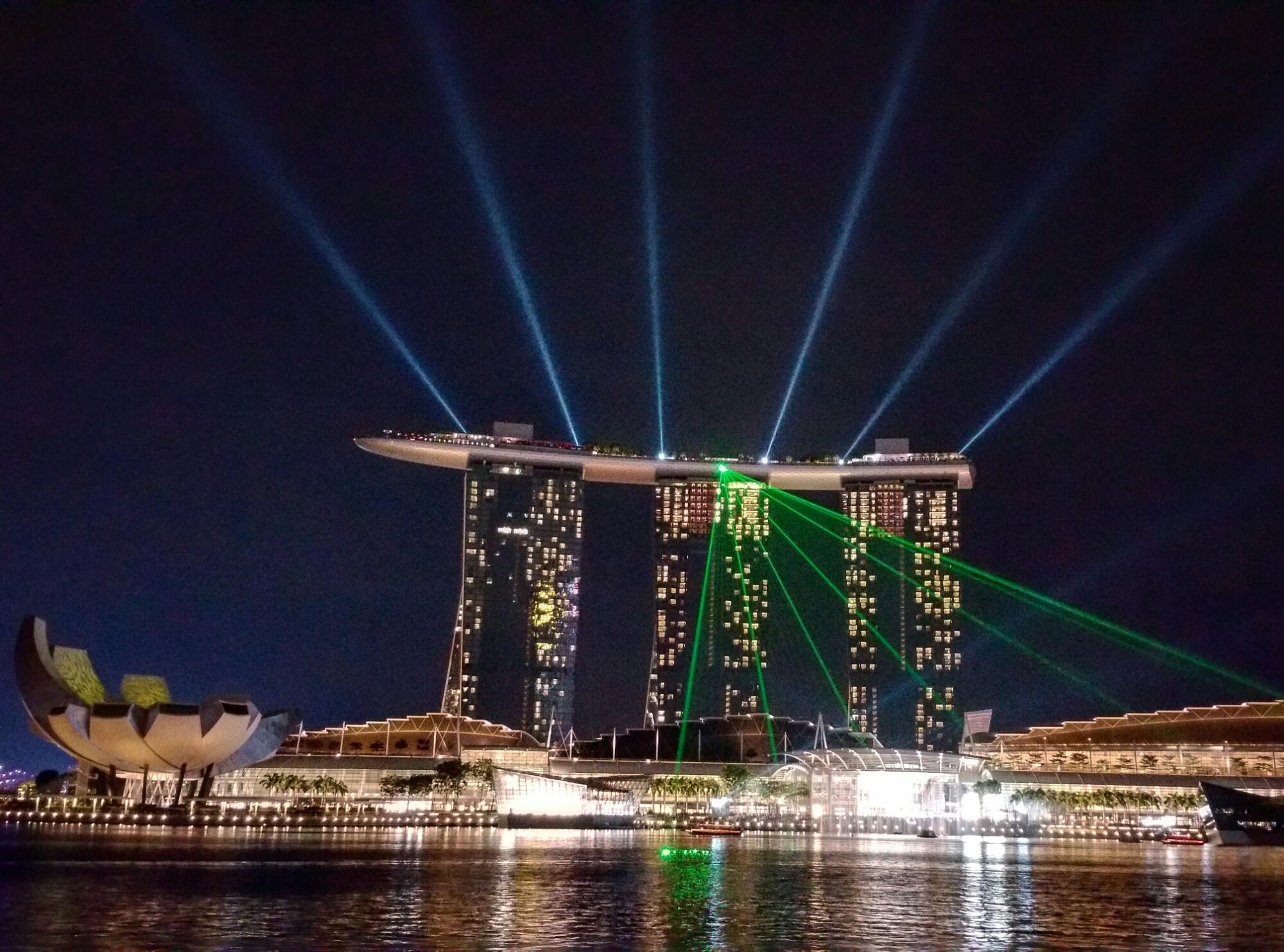 Vols à trajet ouvert de Montréal pour Singapour et retour de Pékin 598$