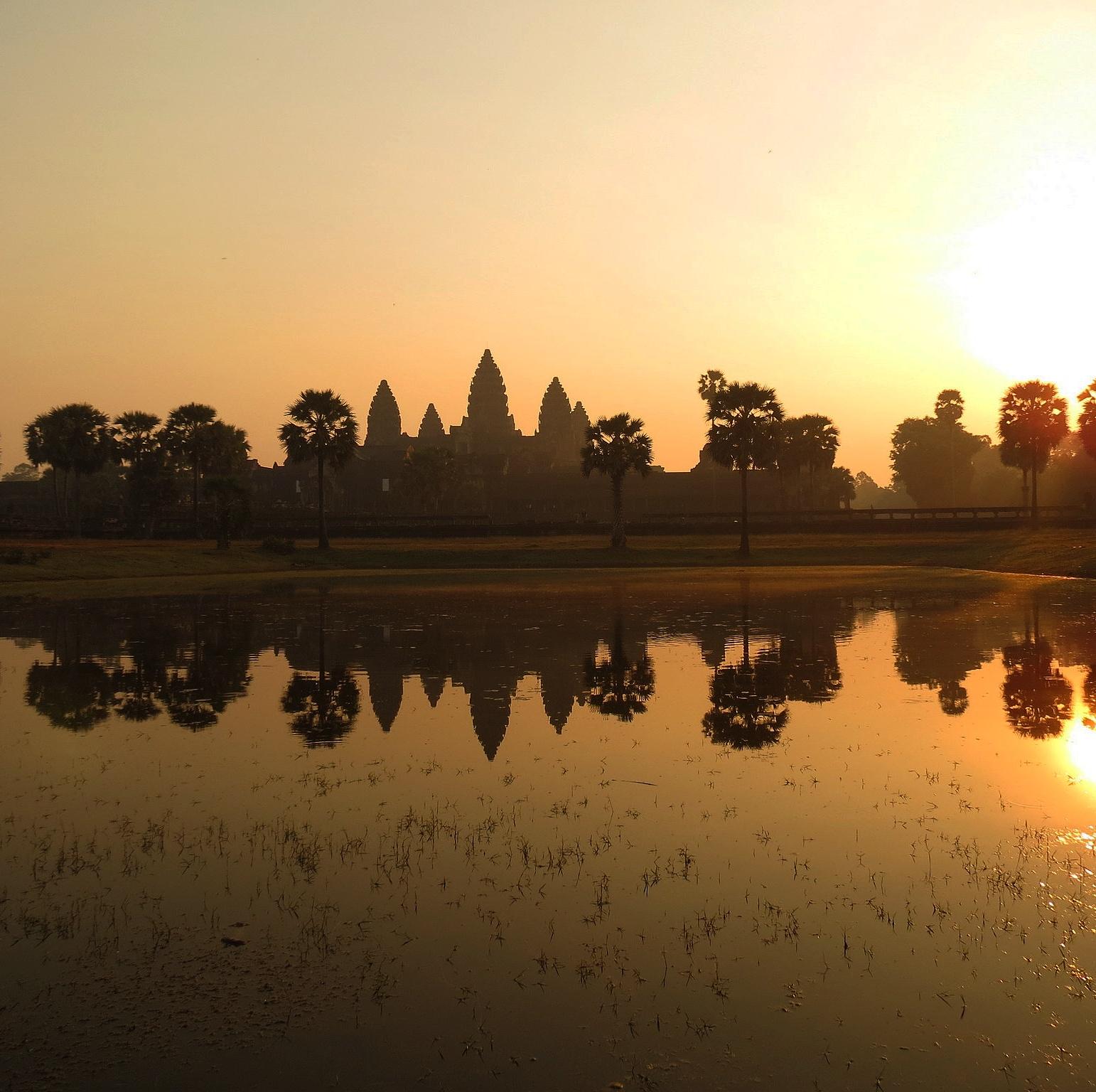 Kuala Lumpur et Siem Reap au Cambodge puis Phuket en Thaïlande et le coût du voyage au total
