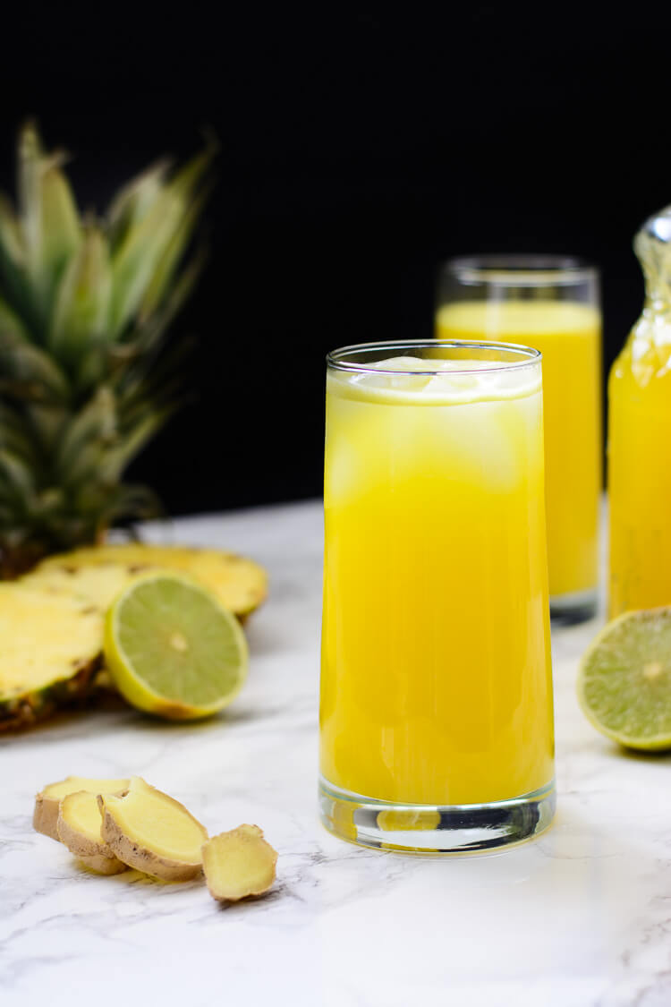 Pineapple Ginger Juice: Healthy homemade - 2 glasses of extreme goodness