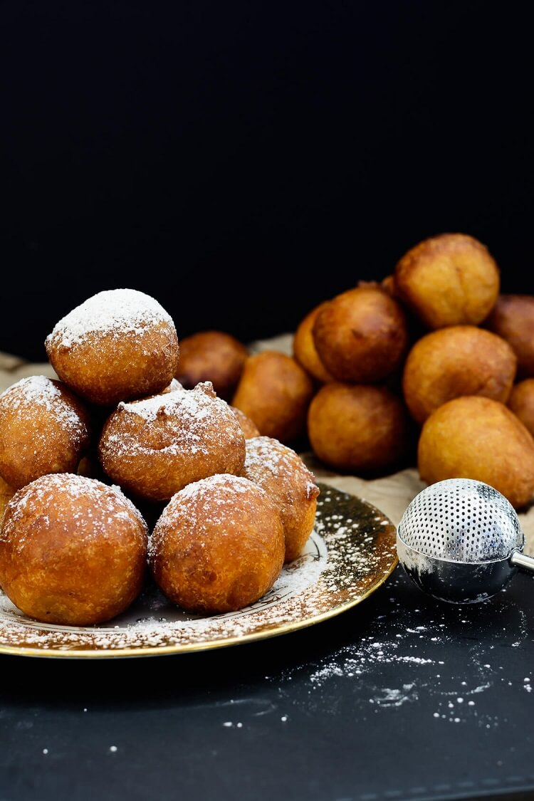 Pumpkin Drop Donuts (Nigerian Pumpkin Puff Puff) - puff puffs with some pumpkin spice sugar sprinkled on top