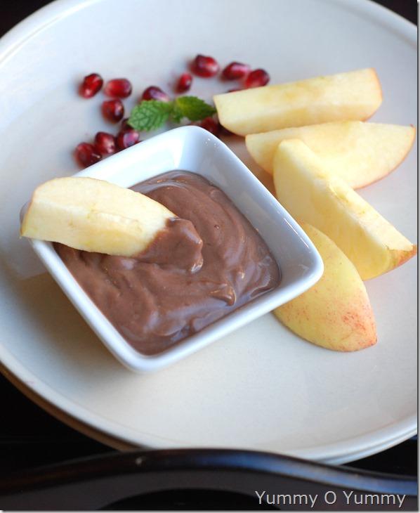 Greek yogurt and nutella dip