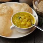 Restaurant Style Poori Masala / Bombay Sagu / Potato Sagu