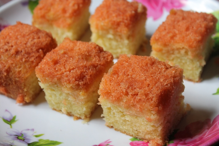 Pineapple Cake Condensed Milk