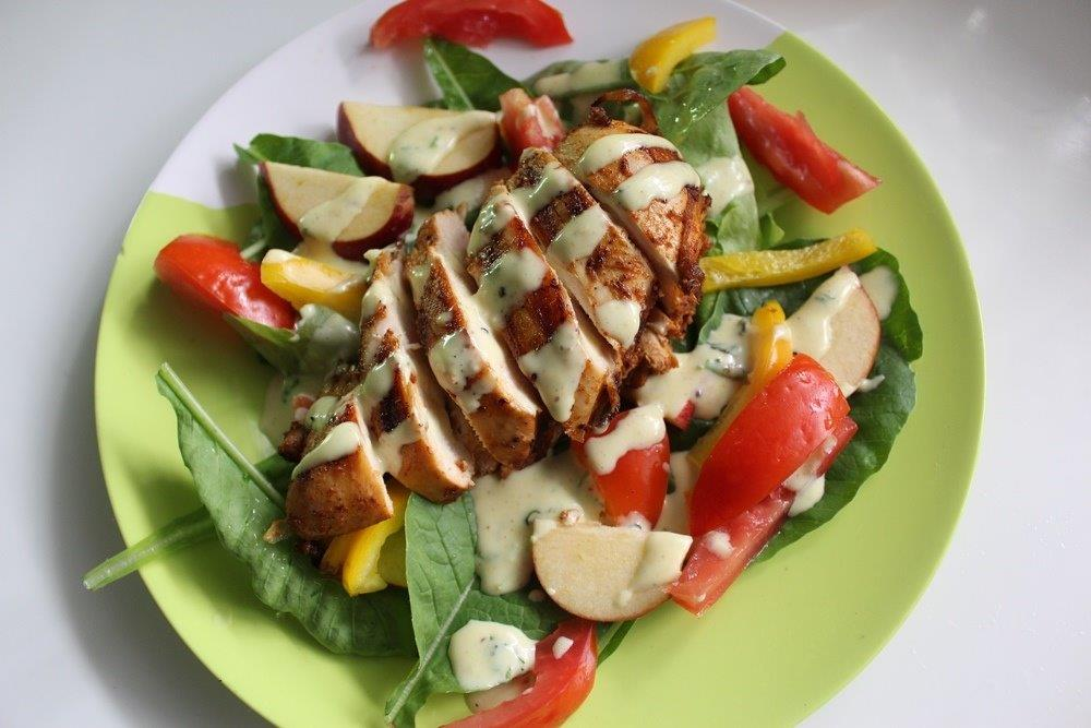 Grilled Chicken Salad With Creamy Mayonnaise Dressing Yummy Tummy