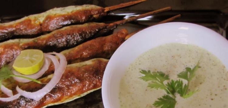 Chicken Seekh Kebabs with Mint & Coriander dip