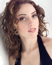 loose curls prom hairstyle