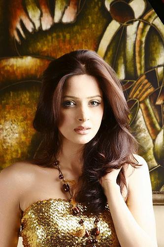 Saba Qamar Profile And Pictures Pakistani Fashion Model