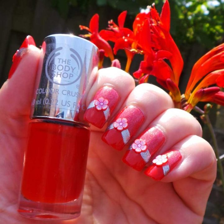 The-Body-Shop-130-red-my-mind-nagellak-yustsome-swatchedit-6