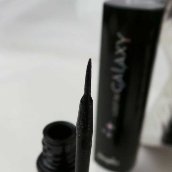 lost-in-galaxy-douglas-make-up-cosmetica-yustsome-review-beauty-Eyeliner1