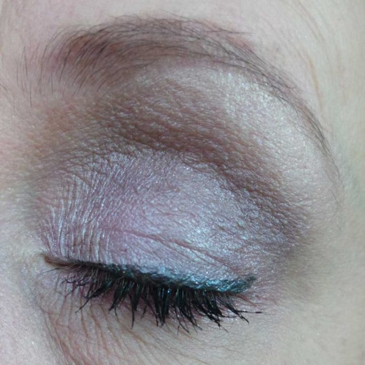 lost-in-galaxy-douglas-make-up-cosmetica-yustsome-review-beauty-Eyeliner2