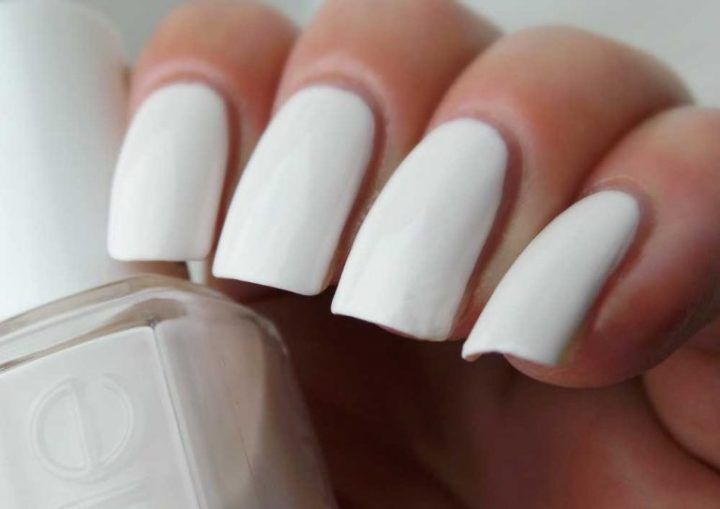 coconut-cove-420-essie-nailpolish-swatched-it-yustsome-review-cu