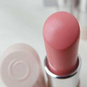 Oriflame-the-one-5in1-colour-stylist-lipstick-review-swatches-yustsome-pink-cloud-2