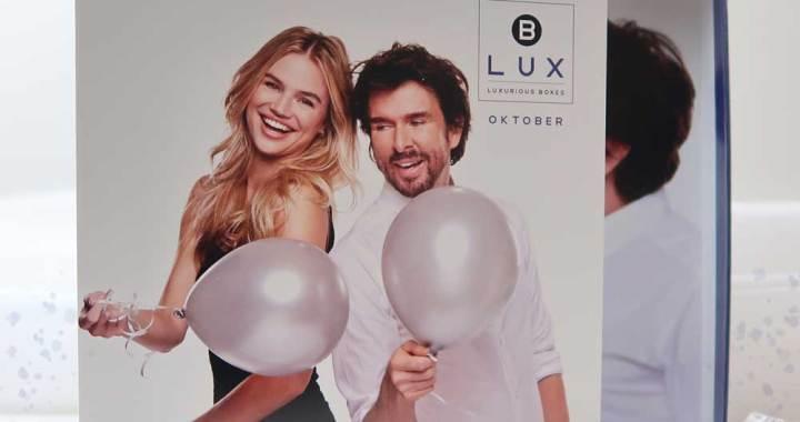 blux-oktober-1-jaar-bestaan-mari-van-de-ven-beauty-box-yustsome-unboxing