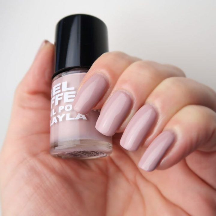 layla-dasja-webshop-swatch-gel-effect-nagellak-nude-21-yustsome-2