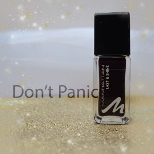 Manhattan-dont-panic-nailpolish-nagellak-nagellak-swatch-yustsome-rot-dunkel-dark-red-promo
