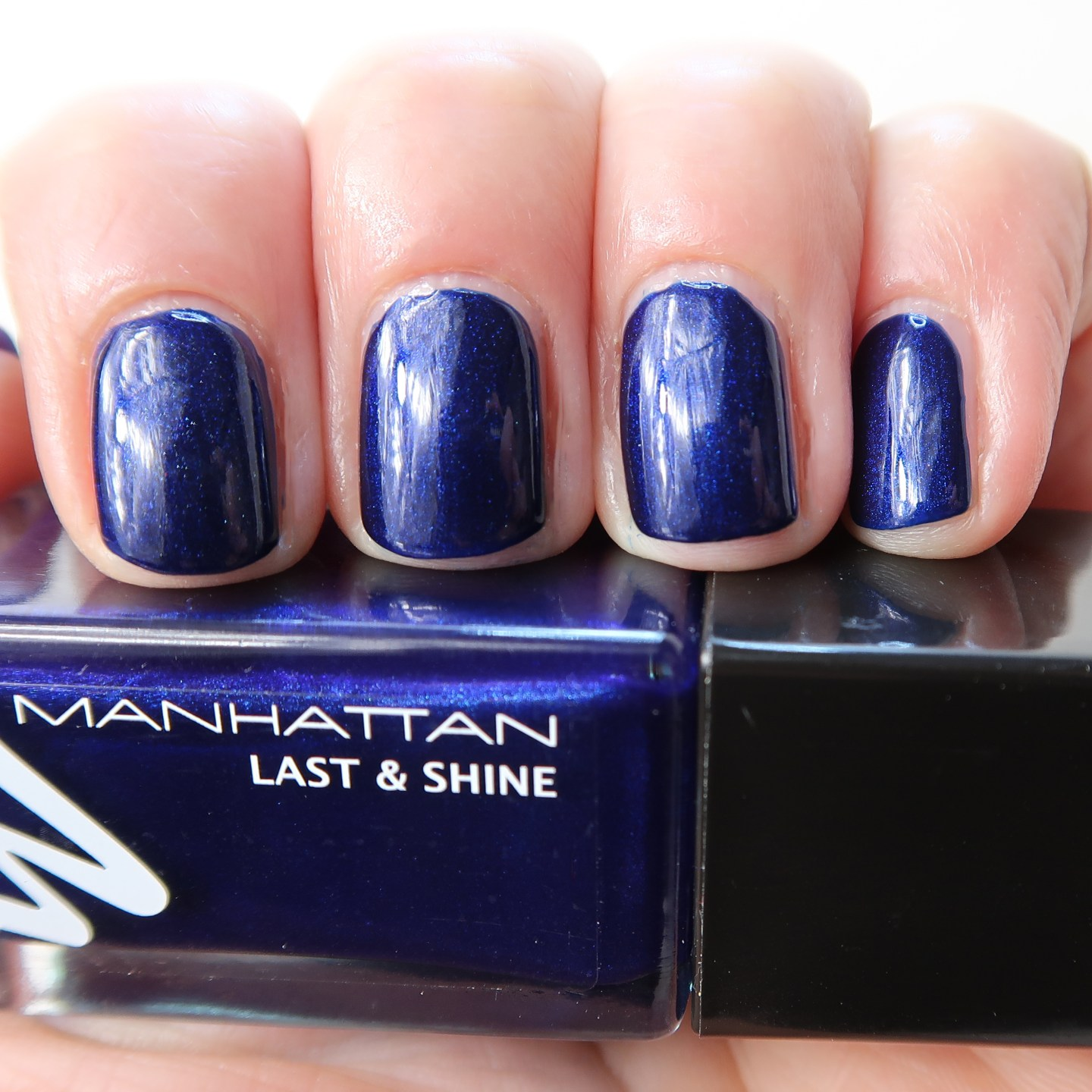880 Midnight Kiss | Swatched-it