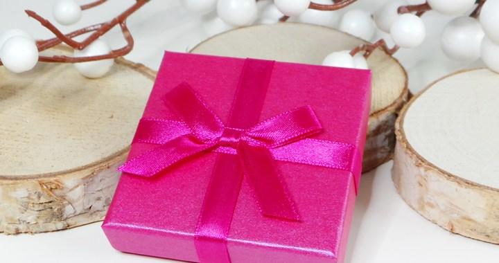 Naamketting-names-for-ever-naam-foto-ketting-cadeau-liefde-trouw-zilver-goud-yustsome-PROMO
