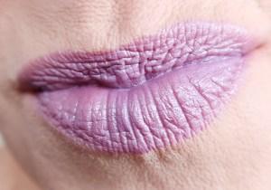 NYX-oogschaduw-los-eyeshadow-galactic-ultraviolet-electrochic-club-crawl-lipstick-castle-chateux-2