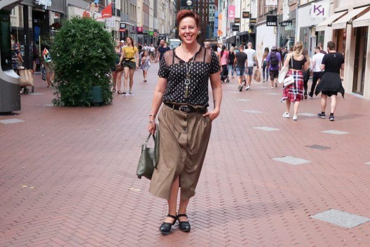 Mango, high, waist, skirt, rok, wehkamp, Fluevog, black, shoes, ERNSTING'S, famila, fashion, blog, yustsome, modebewust