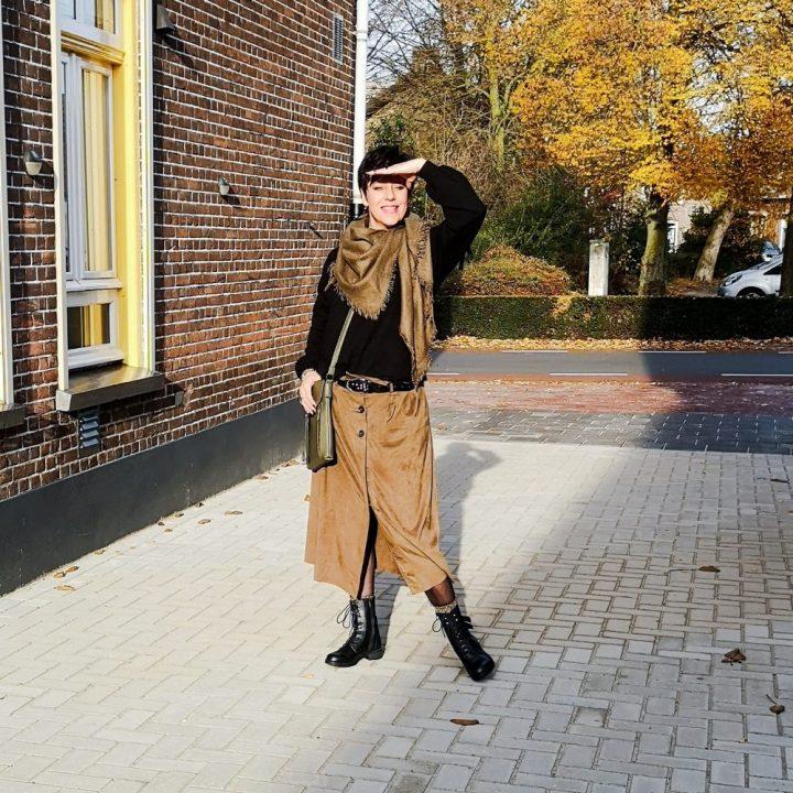 Combat boots, boots, enkellaarsjes, laarsjes, fashion, fashionista, beautysome, Scapino, rok, broek, legging
