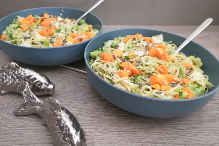 Maaltijd, salade, vis, olijfolie, pasta, recept, pompoen