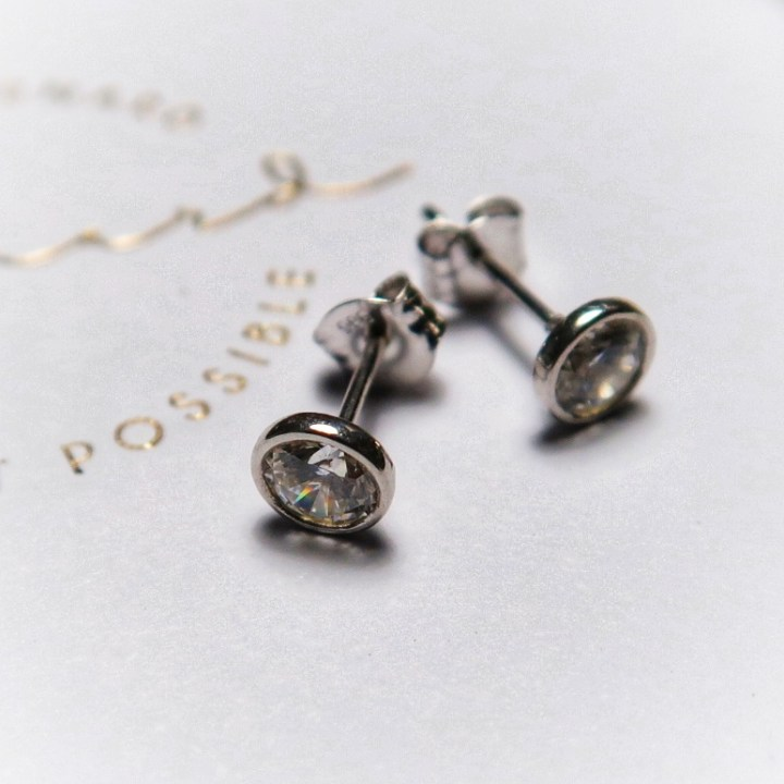 Isabel Bernard, ringen, goud, sieraden, aanschuifring, diamant, zirkonia, subtiel, smal, geelgoud, witgoud, rose, fashion, mode, beautysome