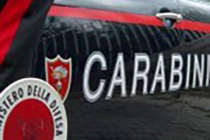 Paternò. Arrestato per evasione, 20enne morde un carabiniere