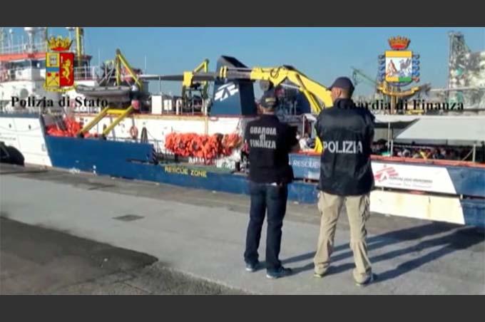 Catania, fermati quattro scafisti con l'accusa di favoreggiamento dell'immigrazione clandestina