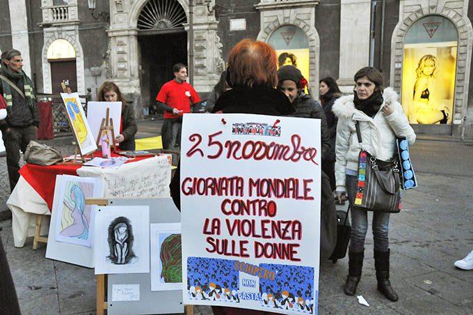 """Catania: Giornata internazionale contro la violenza sulle donne, Cgil presenta il """"Taxi rosso"""""""