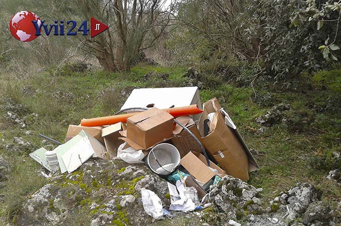 Nicolosi, sanzione da 1.800 Euro ad un idraulico per abbandono rifiuti nel Parco dell'Etna