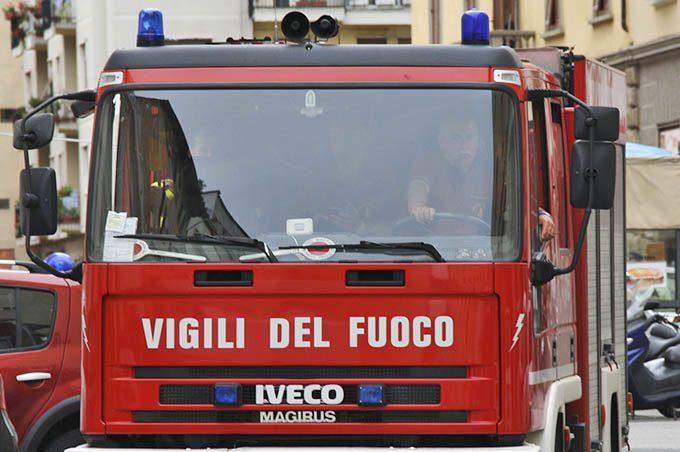 Paternò: incendiata l'auto dell'ex Difensore civico Giuseppe Fallica