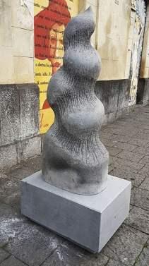 belpasso_scultura_pietra_lavica_rane