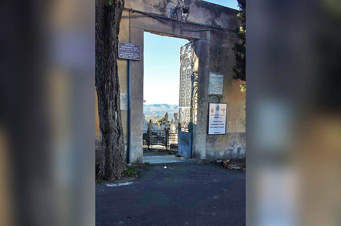 Paternò, polemiche sul project financing da 27 milioni per i cimiteri
