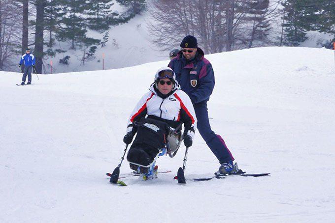 Etna, Soccorso alpino della Polizia salva tre sciatori