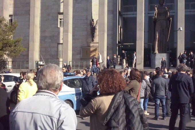 Catania, allarme bomba al Tribunale