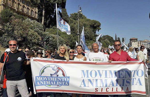 Anche gli animalisti siciliani a Roma per chiedere pene severe contro la violenza sugli animali